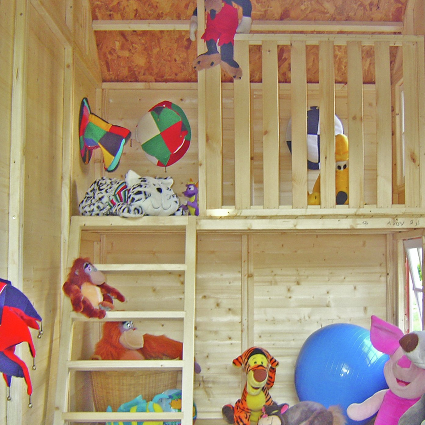 Homewood Homewood Crib Playhouse.
