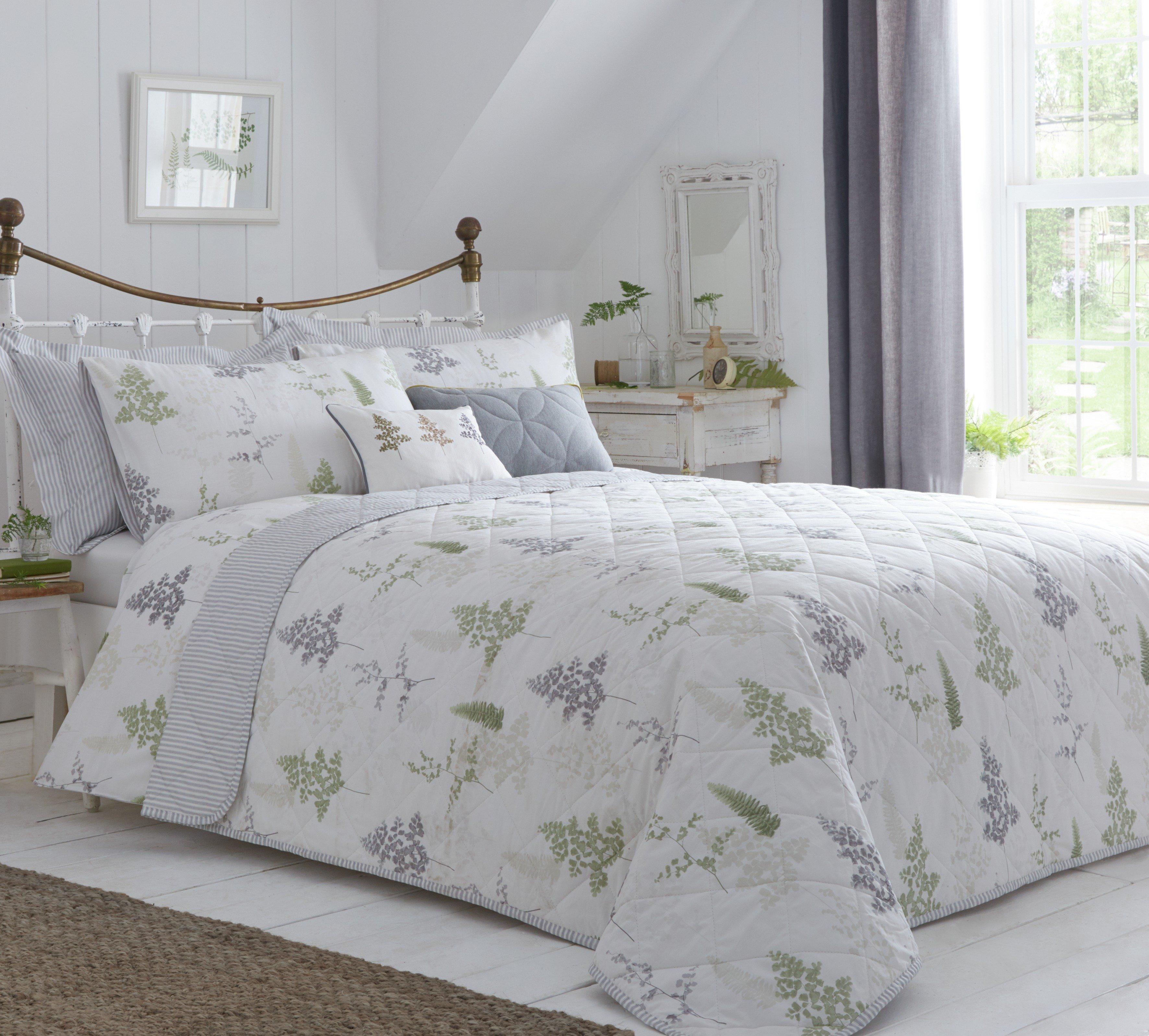 dreams n drapes linden fern throw  green.