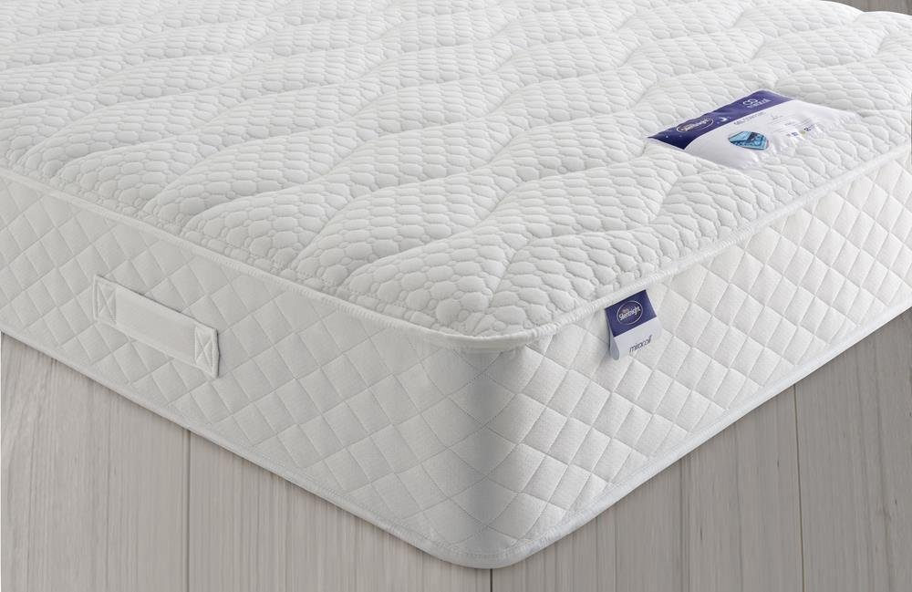 Silentnights exclusive Geltex Comfort mattress offers a great nights sleep with amazing comfort and breathability. The 4cm gel infused layer offers ultimate airflo...