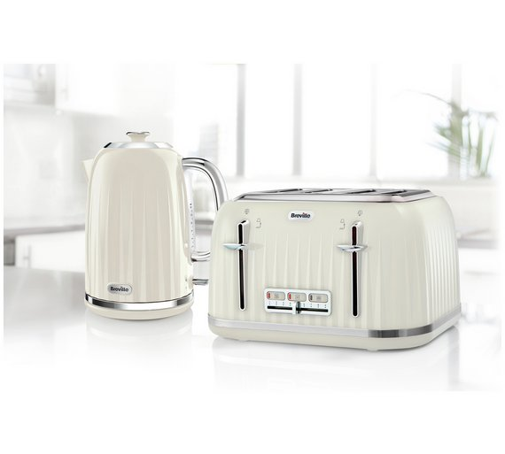 microwave kettle toaster set signature pink kettle. Black Bedroom Furniture Sets. Home Design Ideas