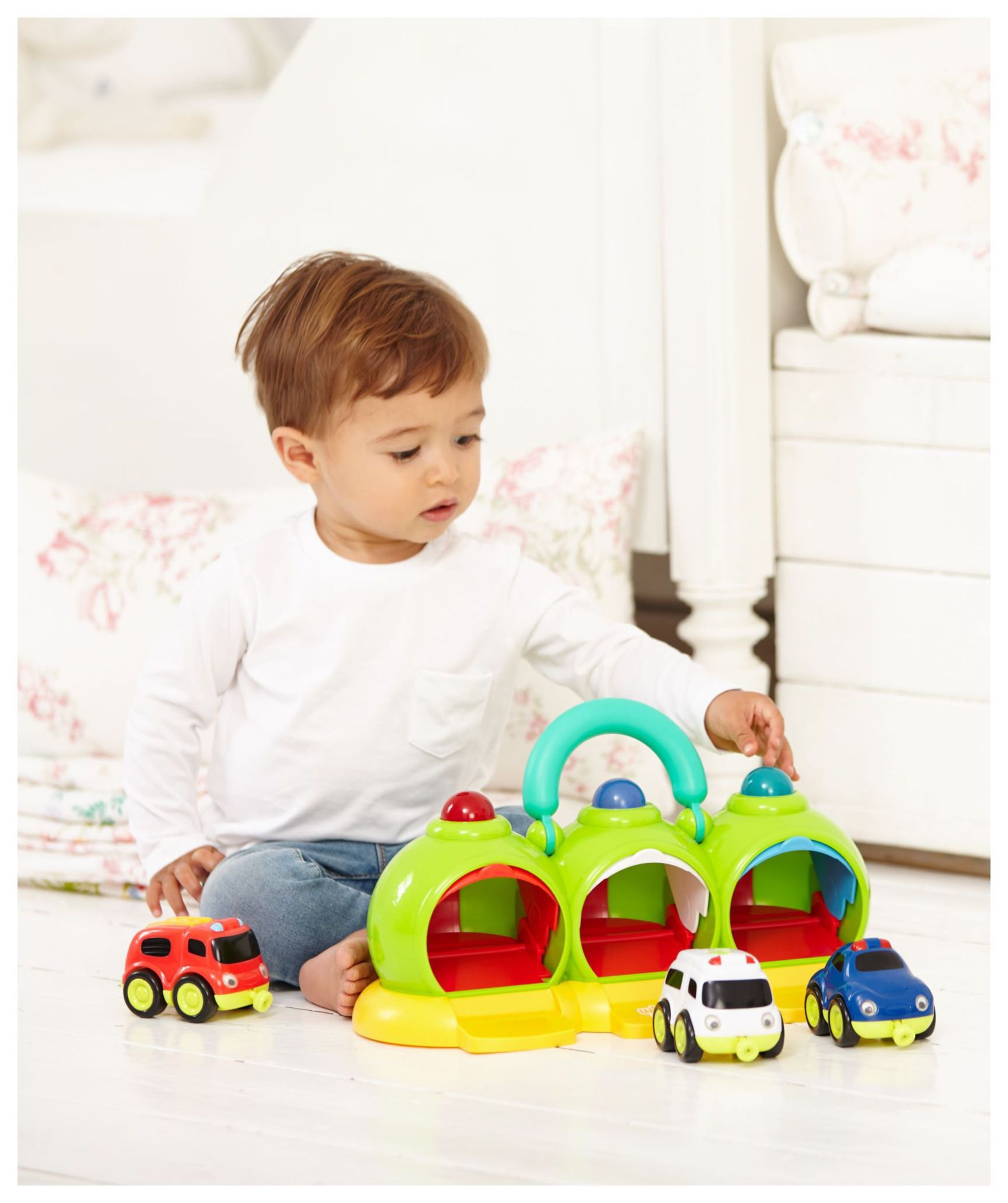 Whizz World Lights and Sounds Emergency Centre Playset