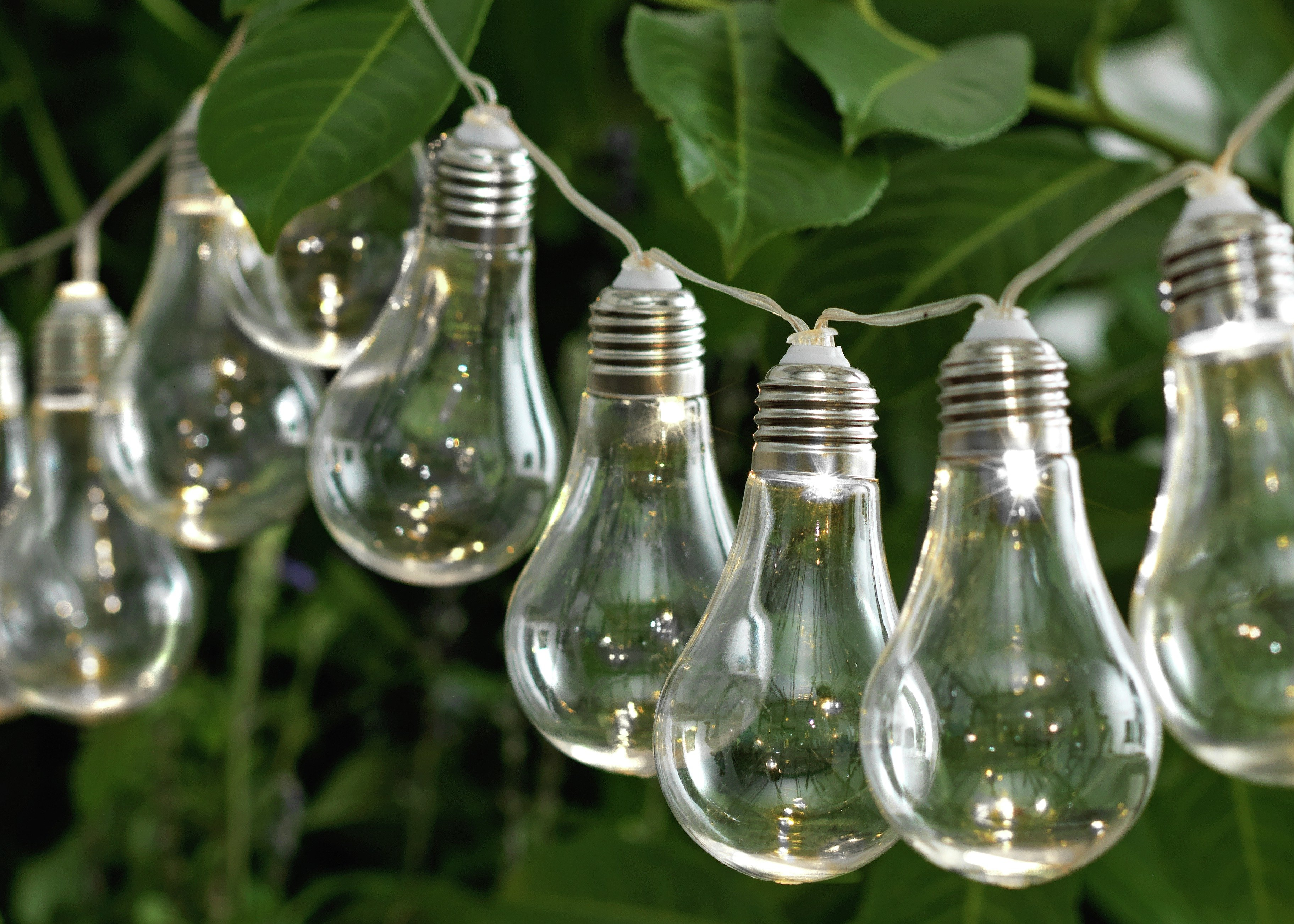 home-solar-powered-bulb-string-lights-set-of-20