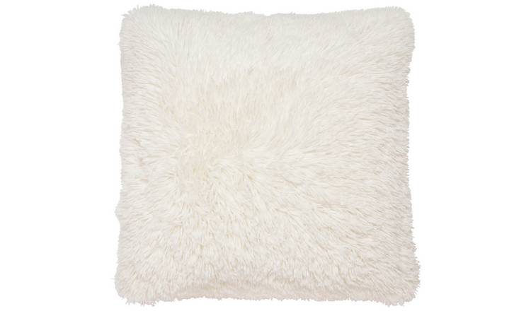 Catherine Lansfield Cuddly Cushion - Cream