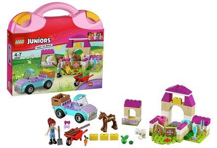 LEGO Mia's Farm Suitcase - 10746.