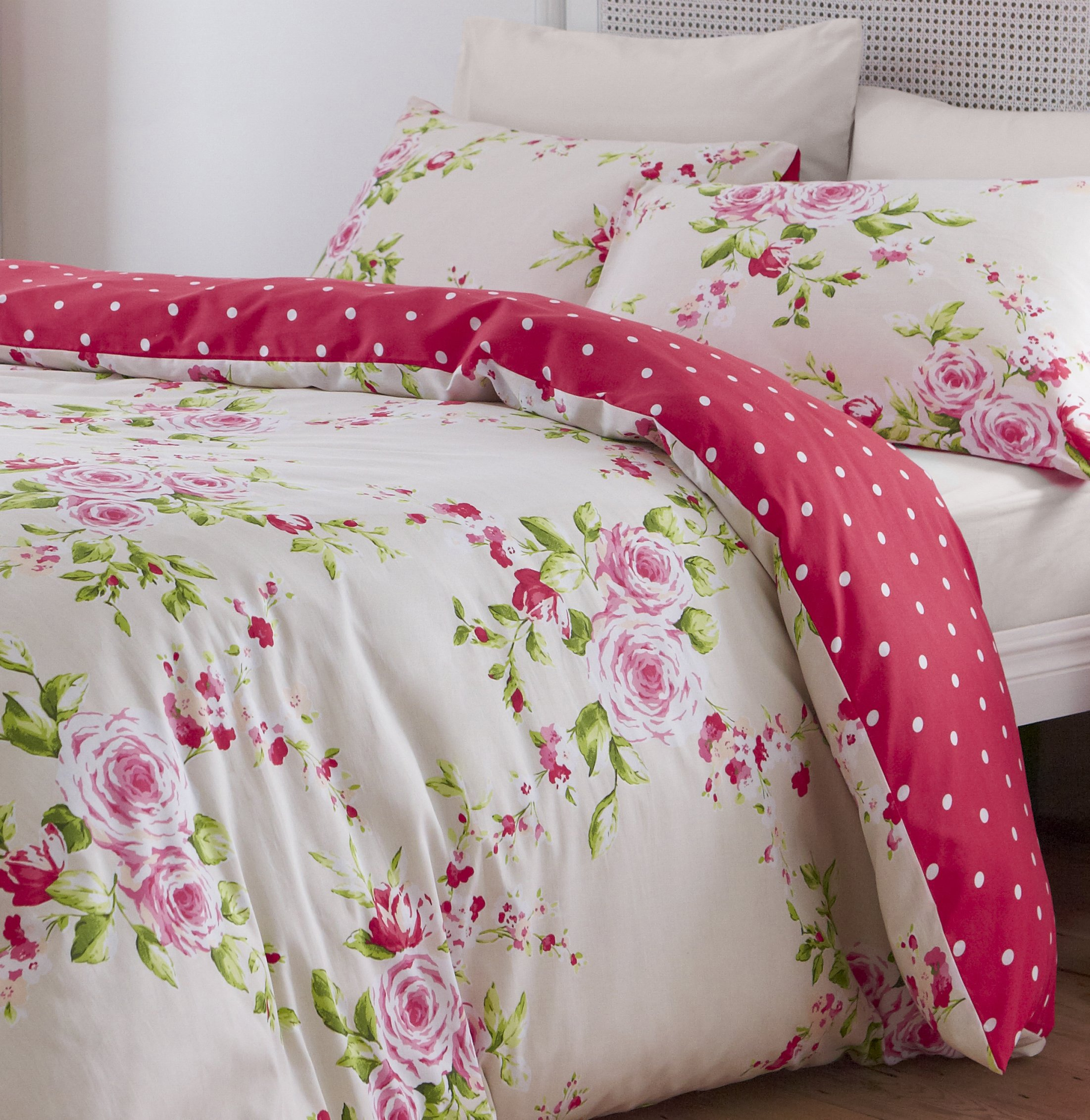 Image of Catherine Lansfield Canterbury Red Bedding Set - Double