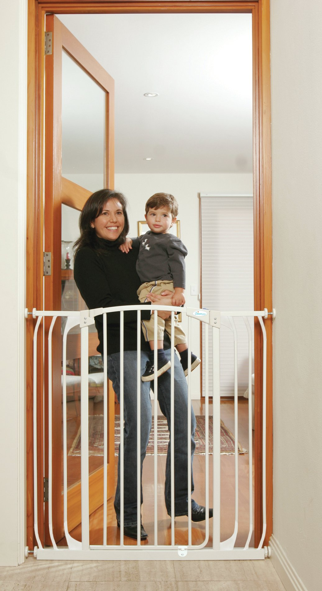 Dreambaby Chelsea Wide Tall Auto-Close Gate & Extensions
