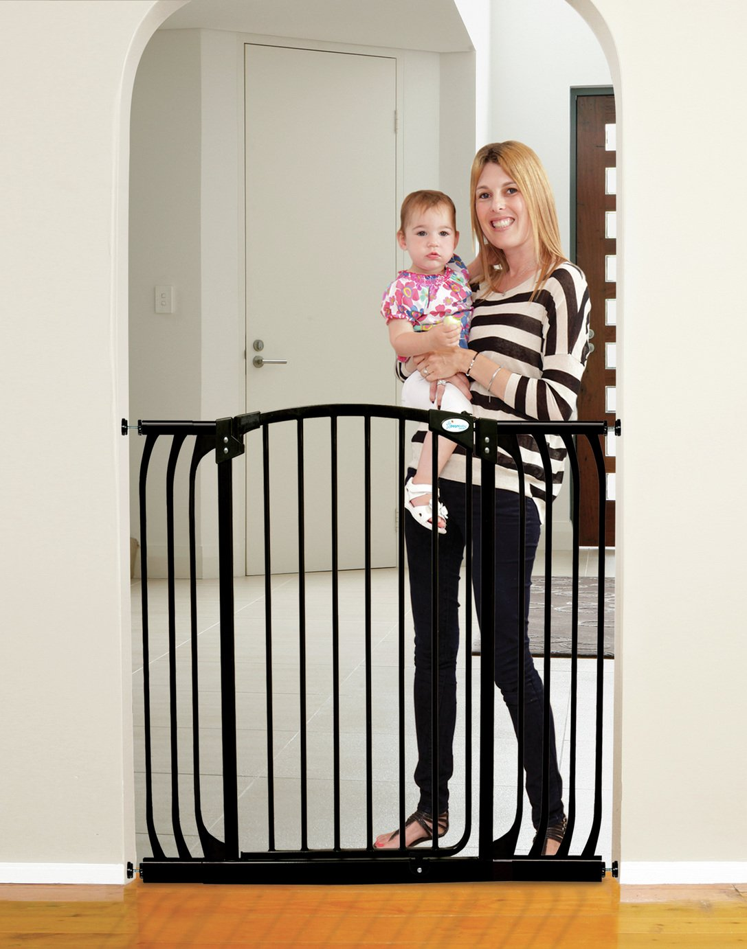 Dreambaby Chelsea Tall Auto-Close Black Gate & Extensions