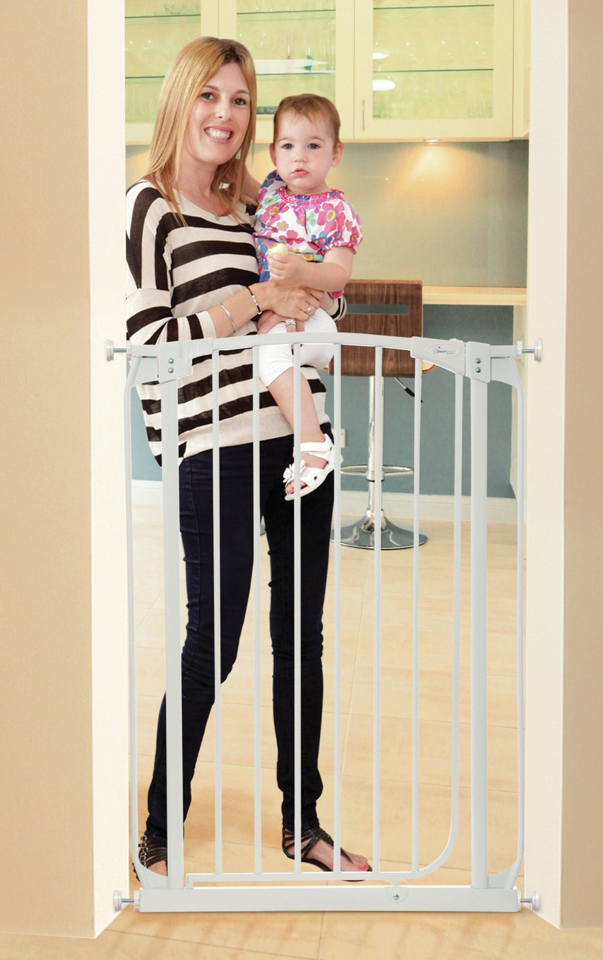 Dreambaby Chelsea Auto-Close 1Mt Tall Safety Gate (71-80Cm)