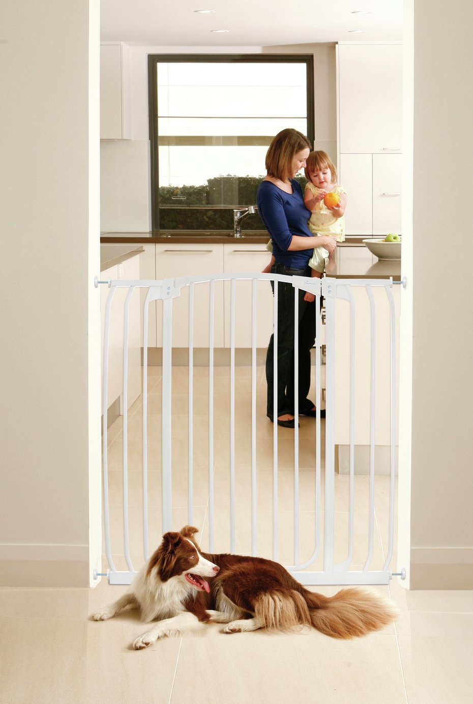 Image of Dreambaby Chelsea Tall Wide Auto-Close White Gate 97-106cm