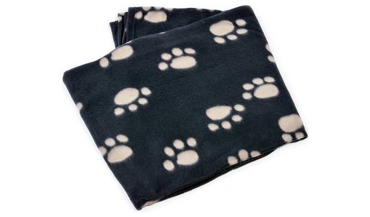 Fleece Comforter Blanket - Medium