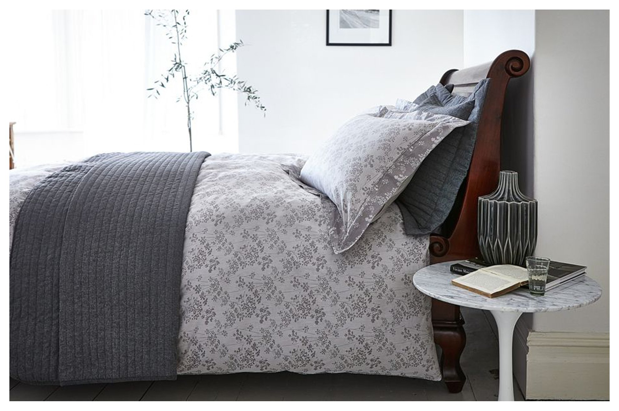 Image of Bianca Cotton - Soft Linear - Bedspread - Double