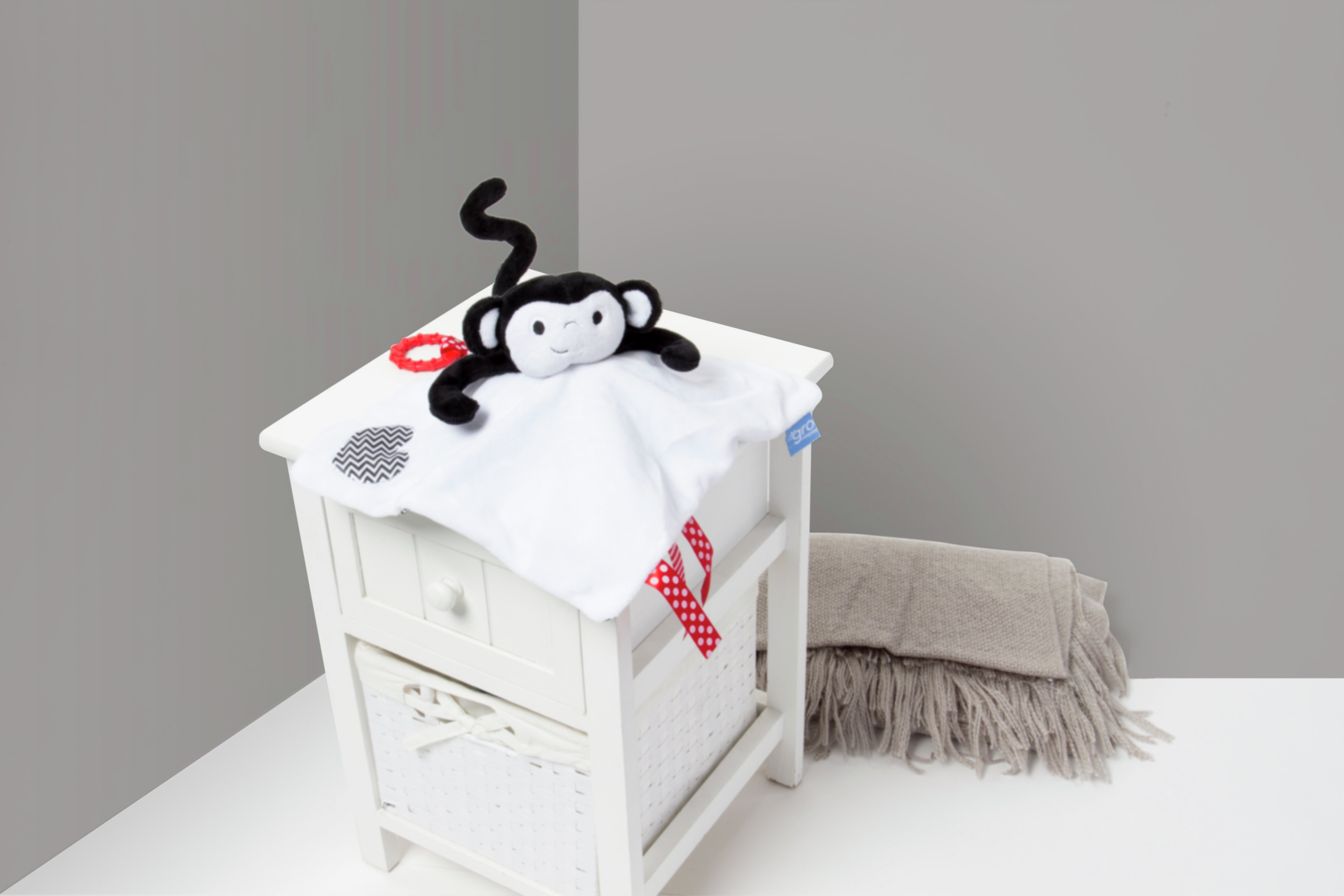 gro comforter morris monkey.