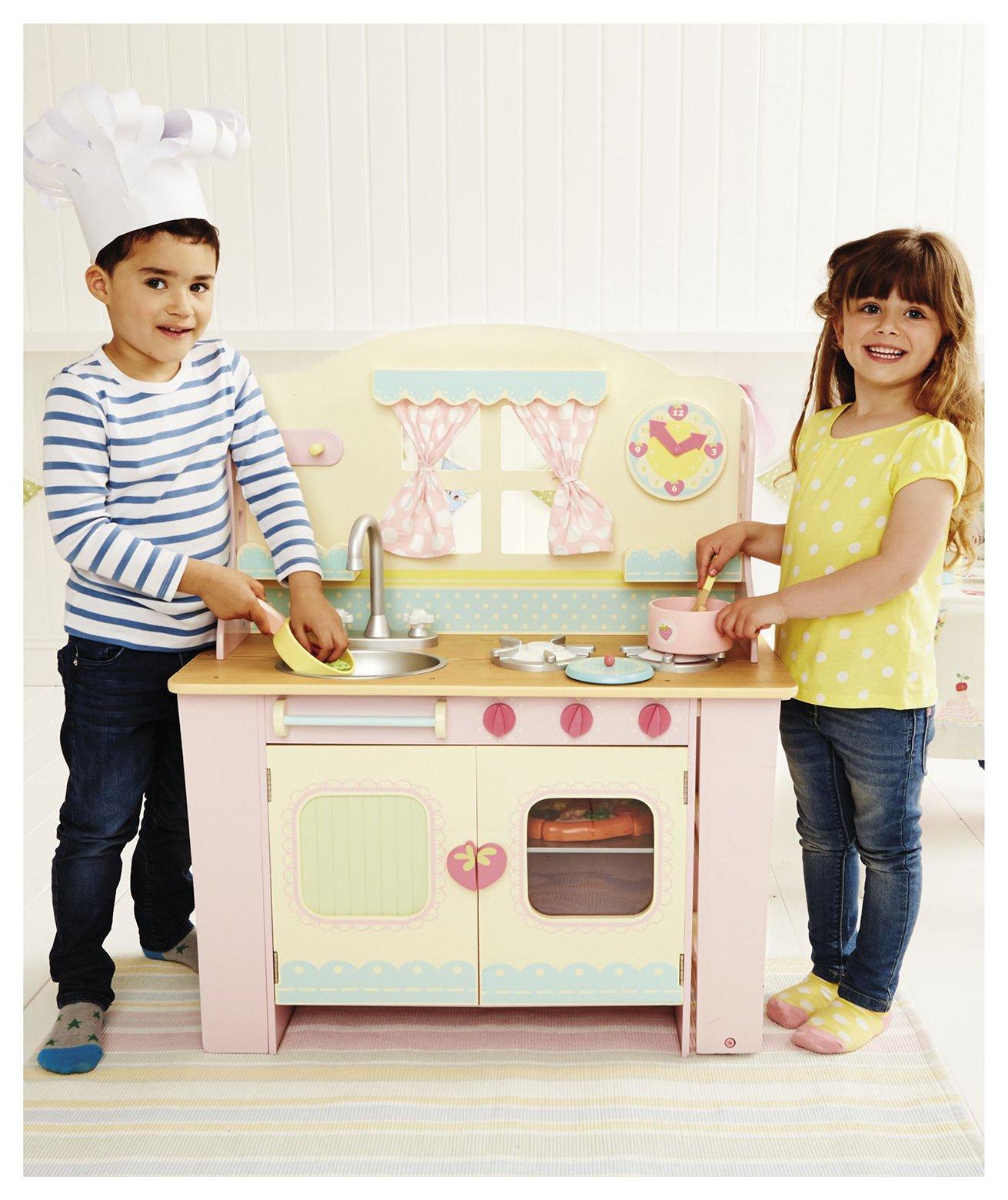 Image of ELC Wooden Cottage Kitchen.