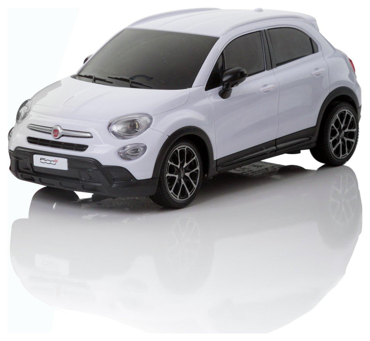 Fiat 500X 1:24 Remote Control Car   White.