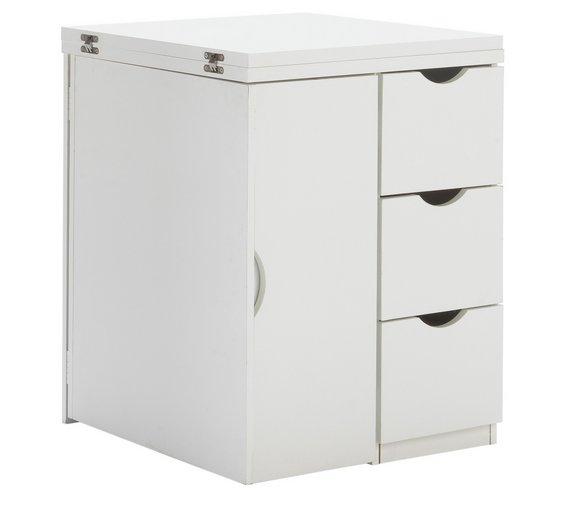Tiny Workspace?….10 Space Saving Desks