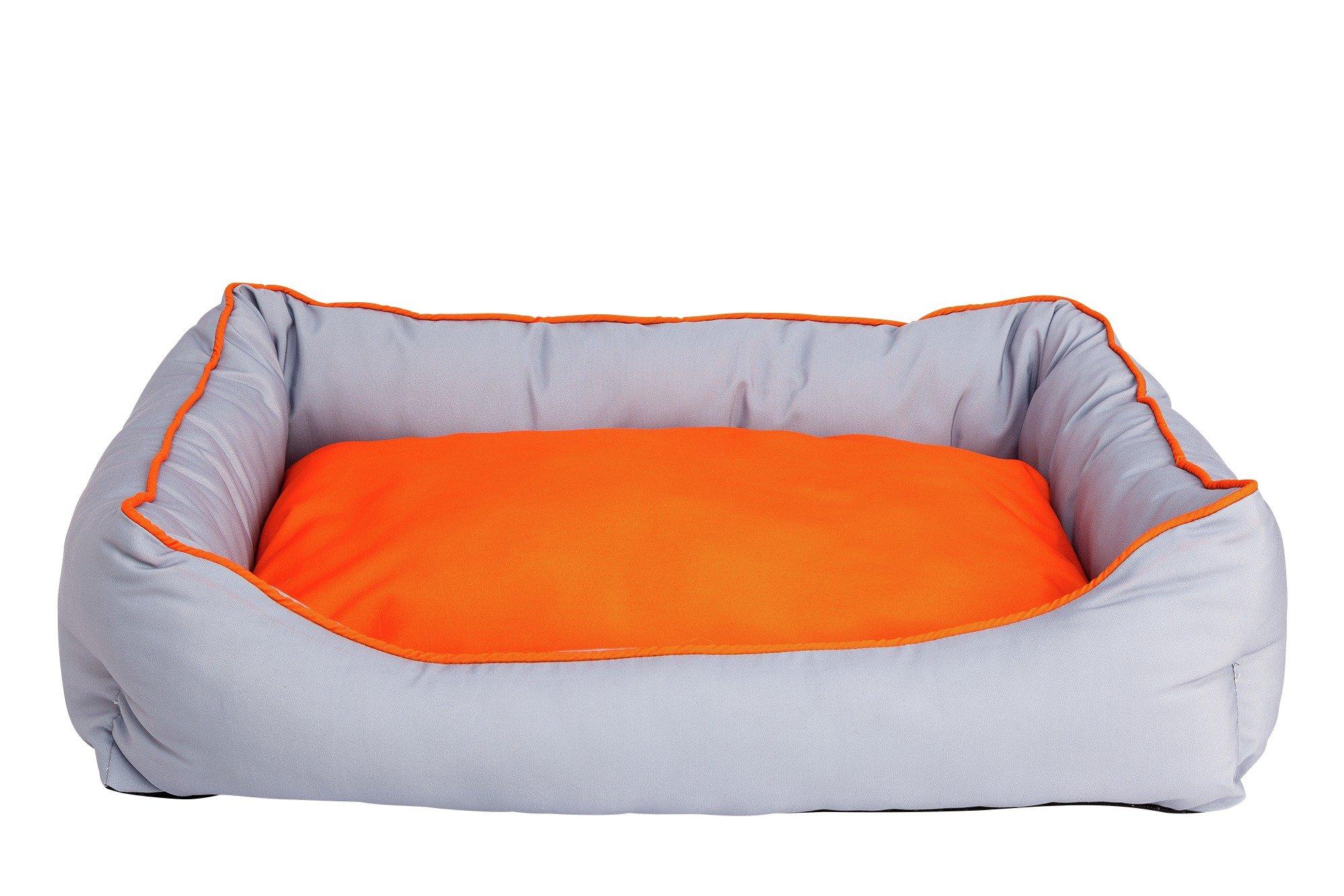 Image of Maxwell Square Medium Pet Bed