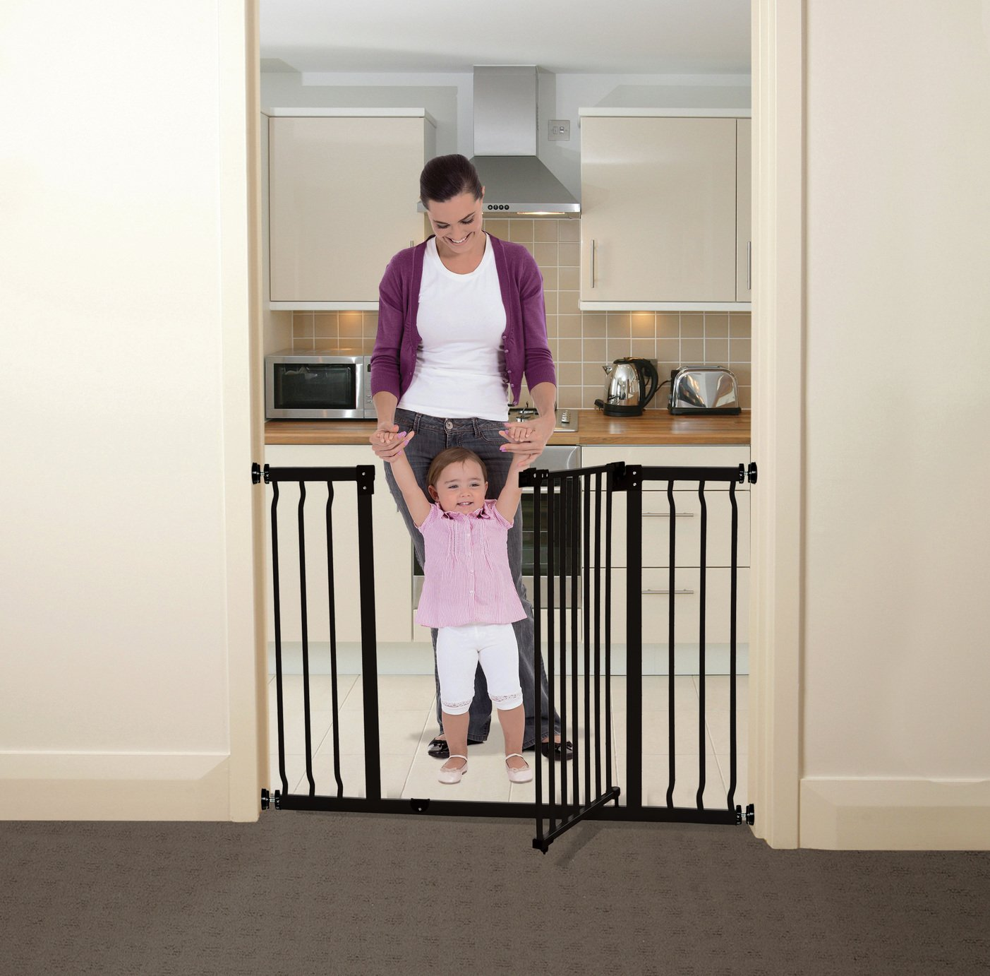 Dreambaby Liberty Xtra-Wide Hallway Gate - Black