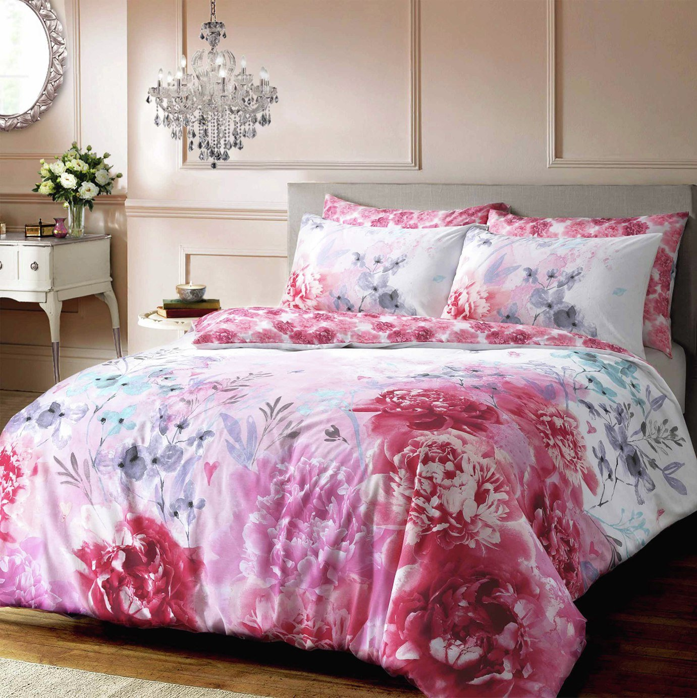 Pieridae Pink Bold Painted Floral Bedding Set - Kingsize