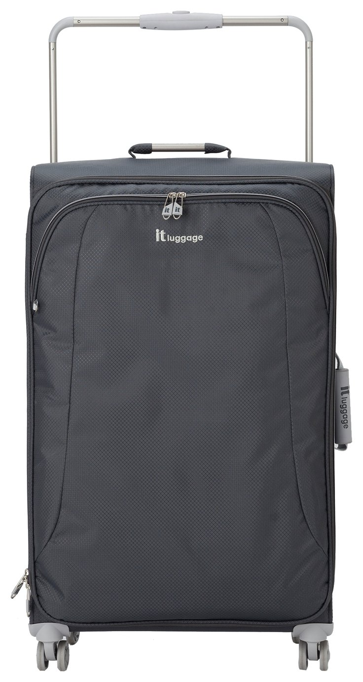IT Luggage World's Lightest 8 Wheel Large Case review