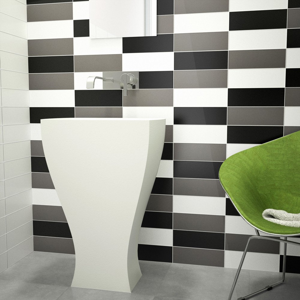 Image of Ceramic Wall Tile - Black Gloss