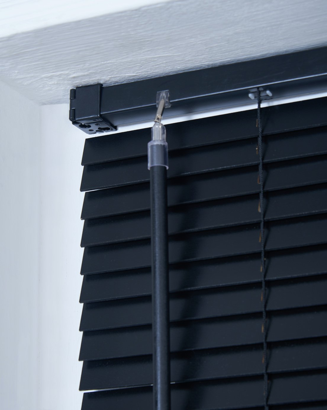 Buy Little Black Book 25mm Venetian Blind W140xl160cm Black