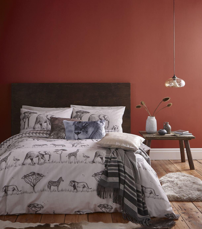 Catherine Lansfield Safari Easy Care Bedding Set – Single