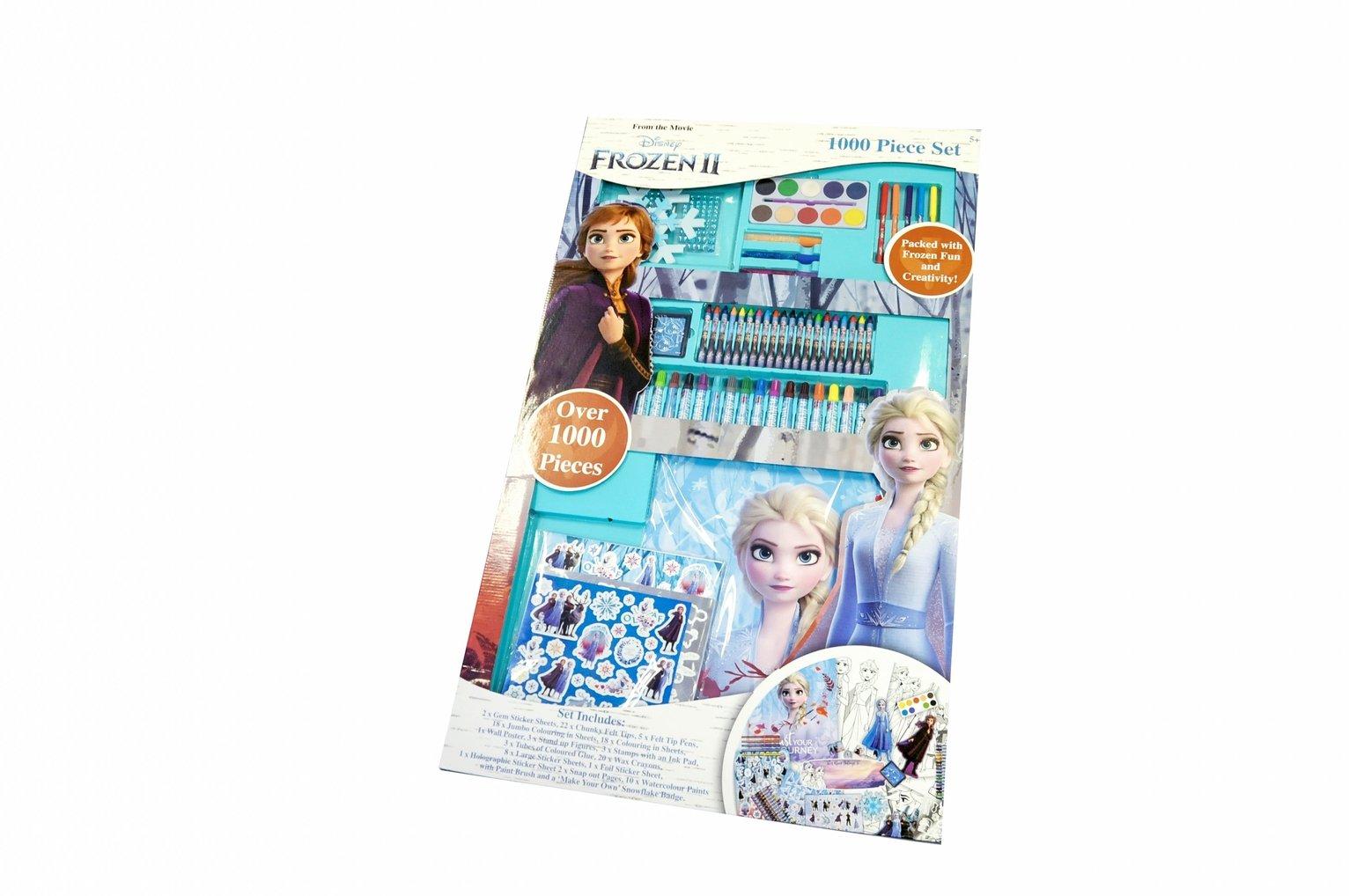 Frozen 2 1000 Piece Stationery Set