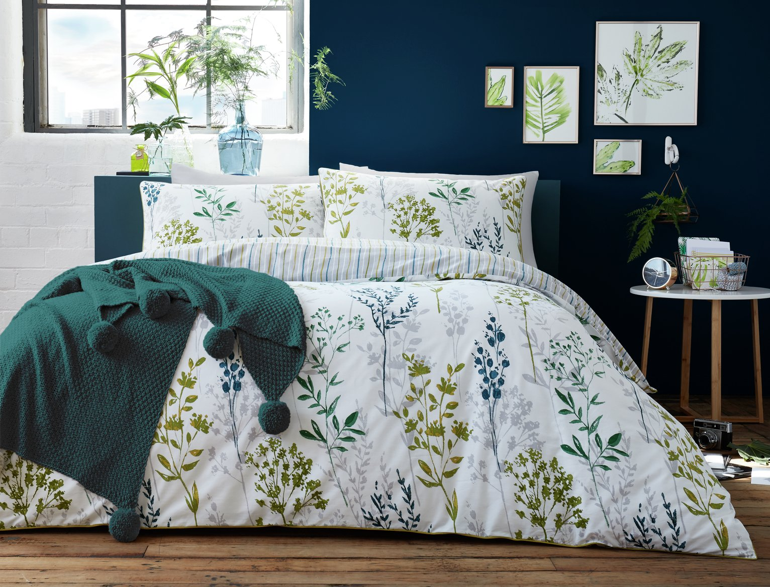Image of Appletree Meadow Grass Green Bedding Set - Superking
