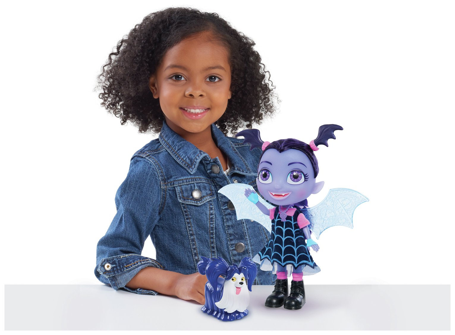 Vampirina Talking Vee & Friends Doll