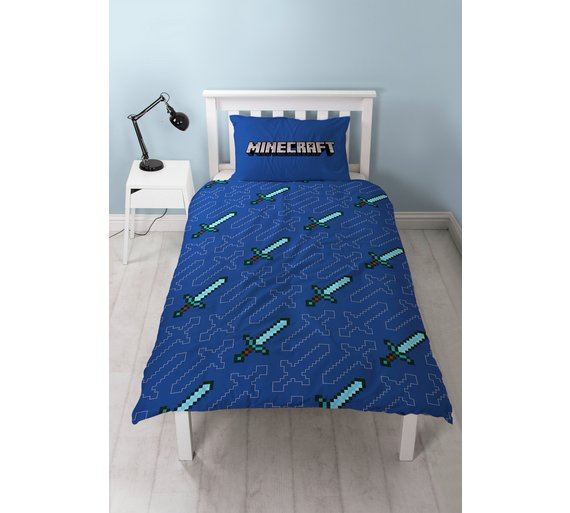 click to zoom - Minecraft Bedding Set