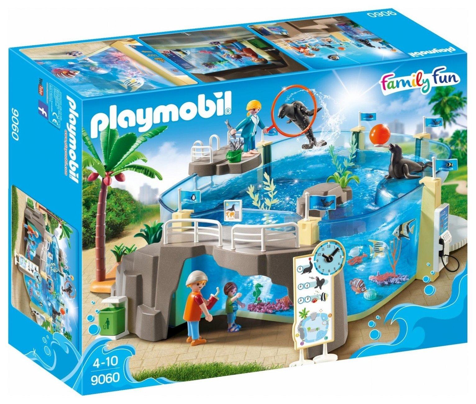 Image of Playmobil 9060 Family Fun Aquarium