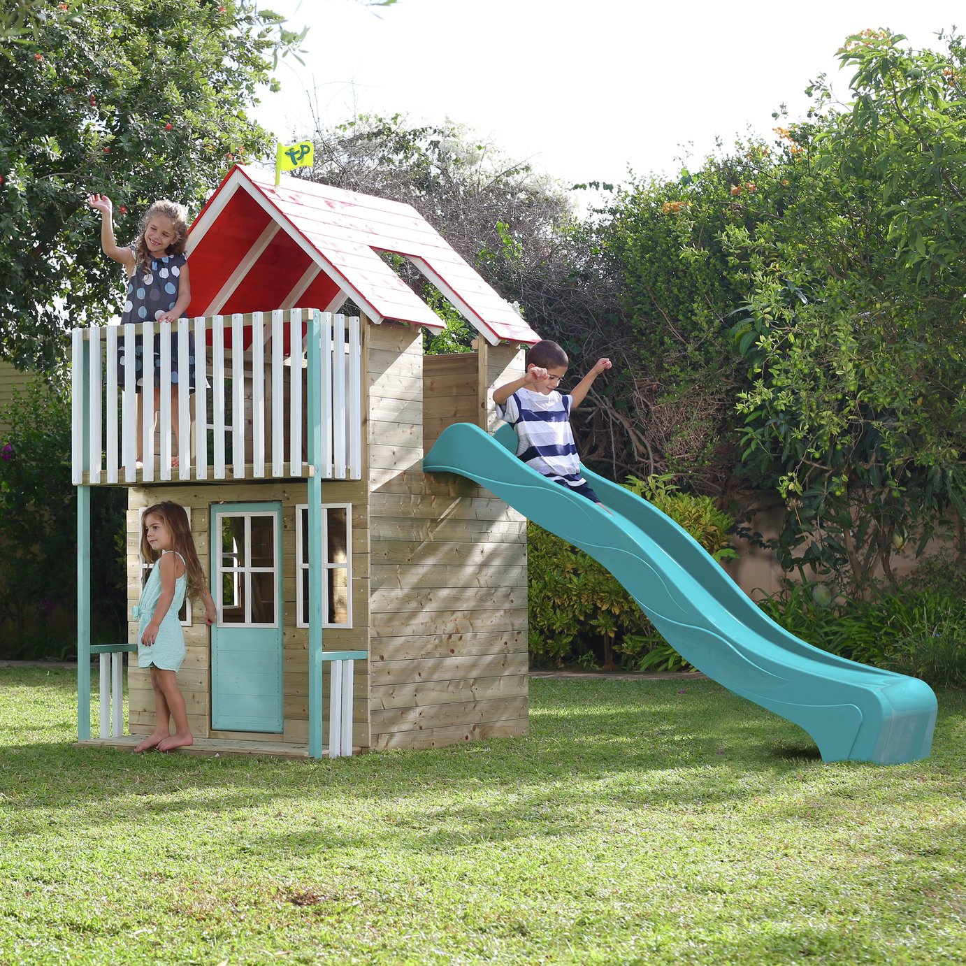 Tp toys TP PADSTOW WOODEN PLAYHOUSE AND SLIDE