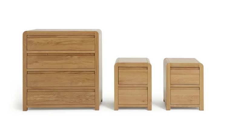Habitat Novara 2 Bedside & 4 Drawer Set -Oak & Oak Veneer
