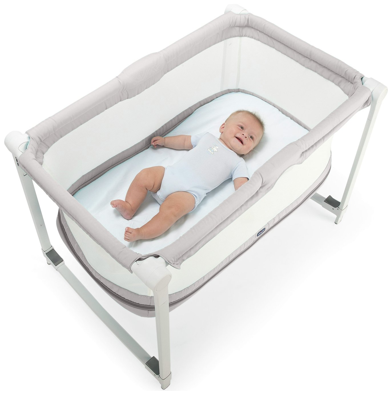 Image of Chicco Zip n Go Travel Crib - Glacial