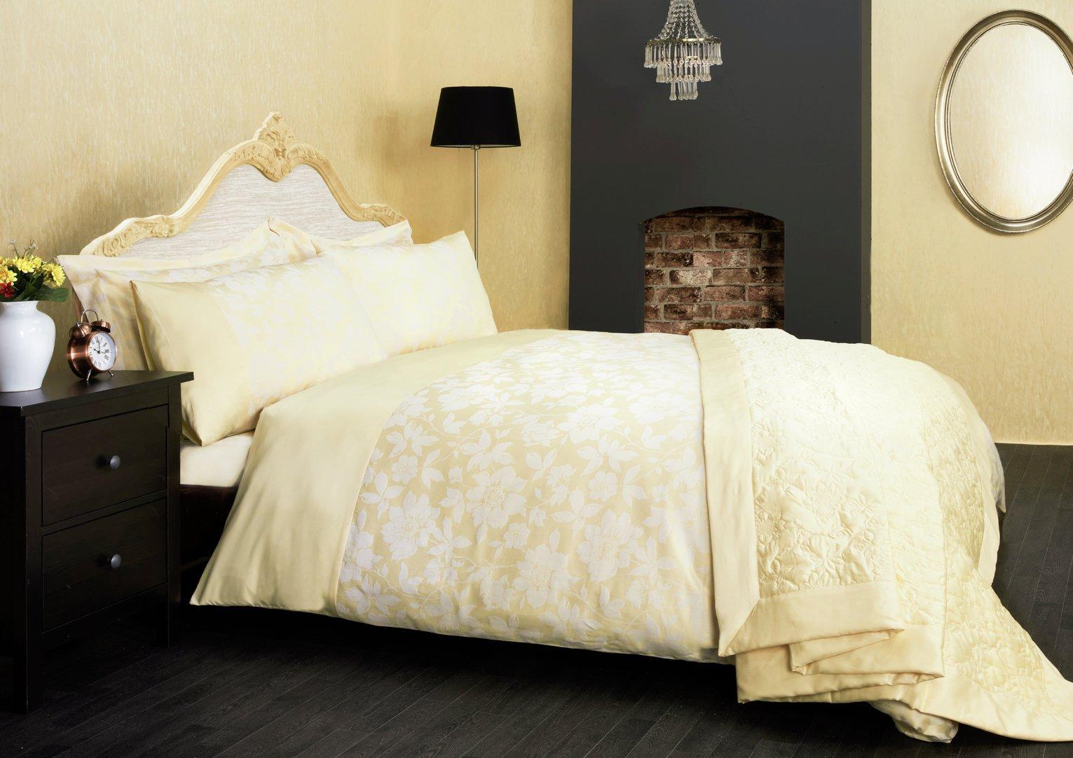 Julian Charles Lottie Lemon Pair of Housewife Pillowcases
