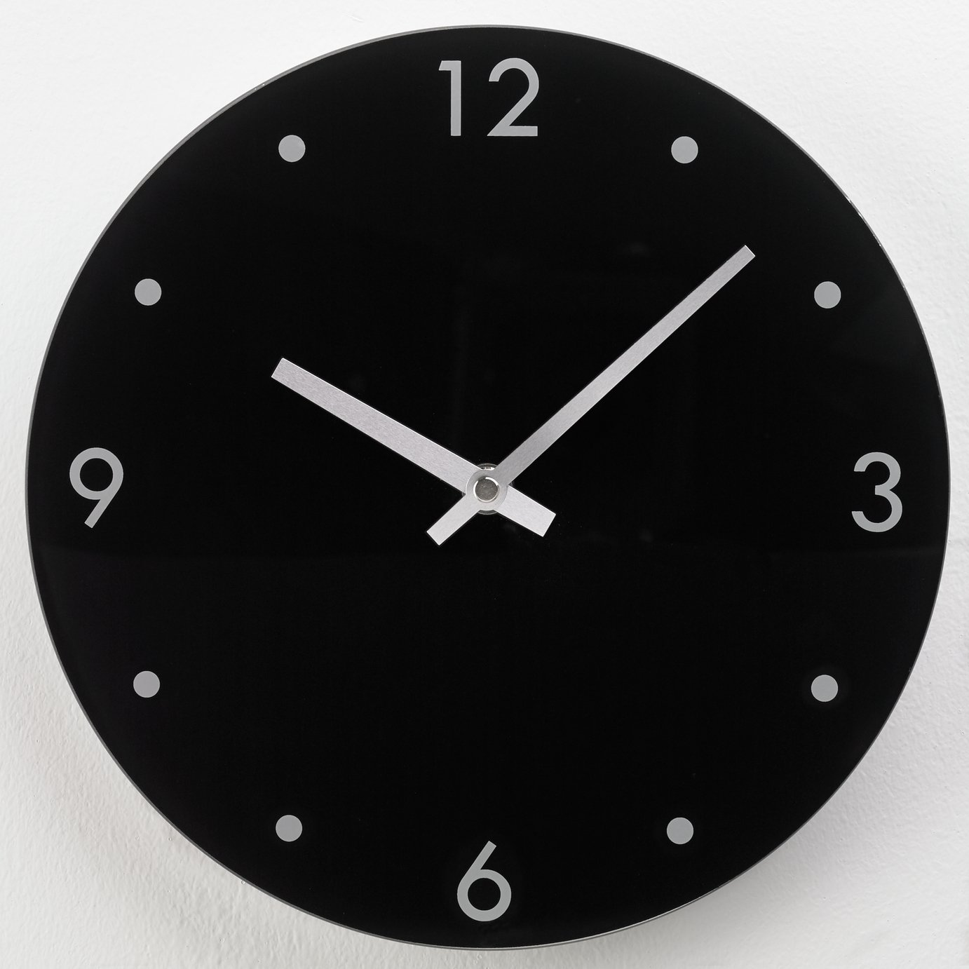 Argos Home Round Glass Wall Clock - Black