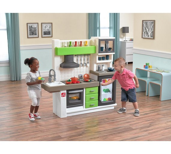 click to zoom - Step2 Play Kitchen