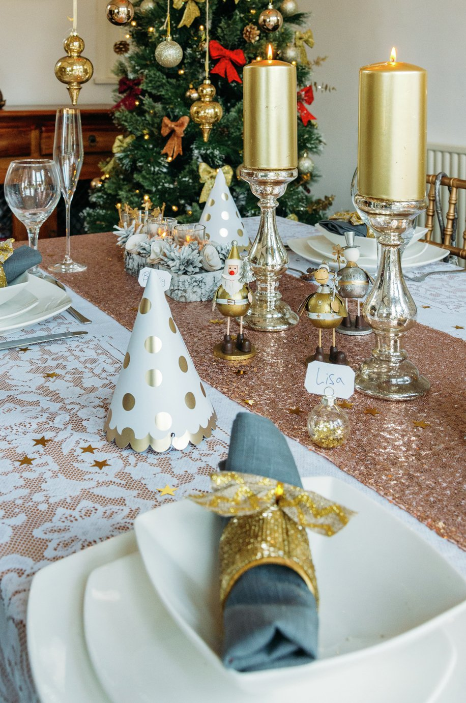 Image of Gold Glamour Christmas Table D??cor Set