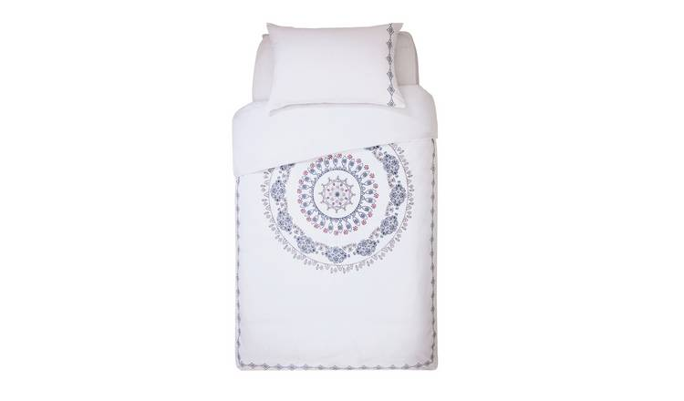 Buy Argos Home Medallion Embroidered Bedding Set - Single | Limited stock  Home and garden | Argos