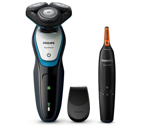 Philips AquaTouch Series 5000 Shaver with Nose & Ear Trimmer