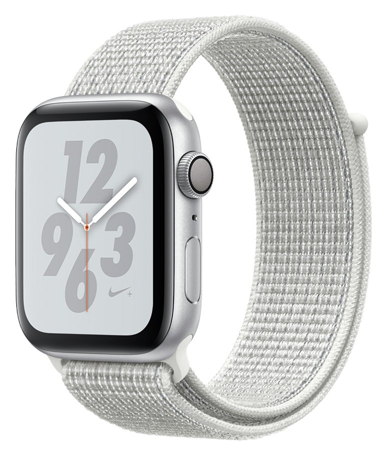 Apple Watch Nike S4 44mm Silver Alu Case/ White Sport Band review