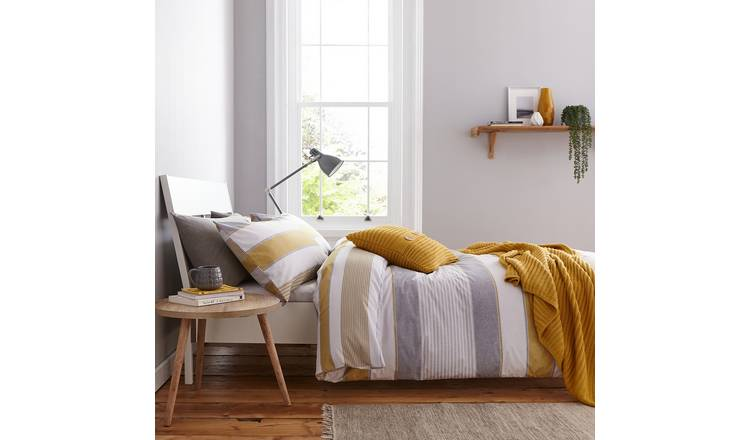 Catherine Lansfield Ochre Newquay Stripe Bedding Set- Single