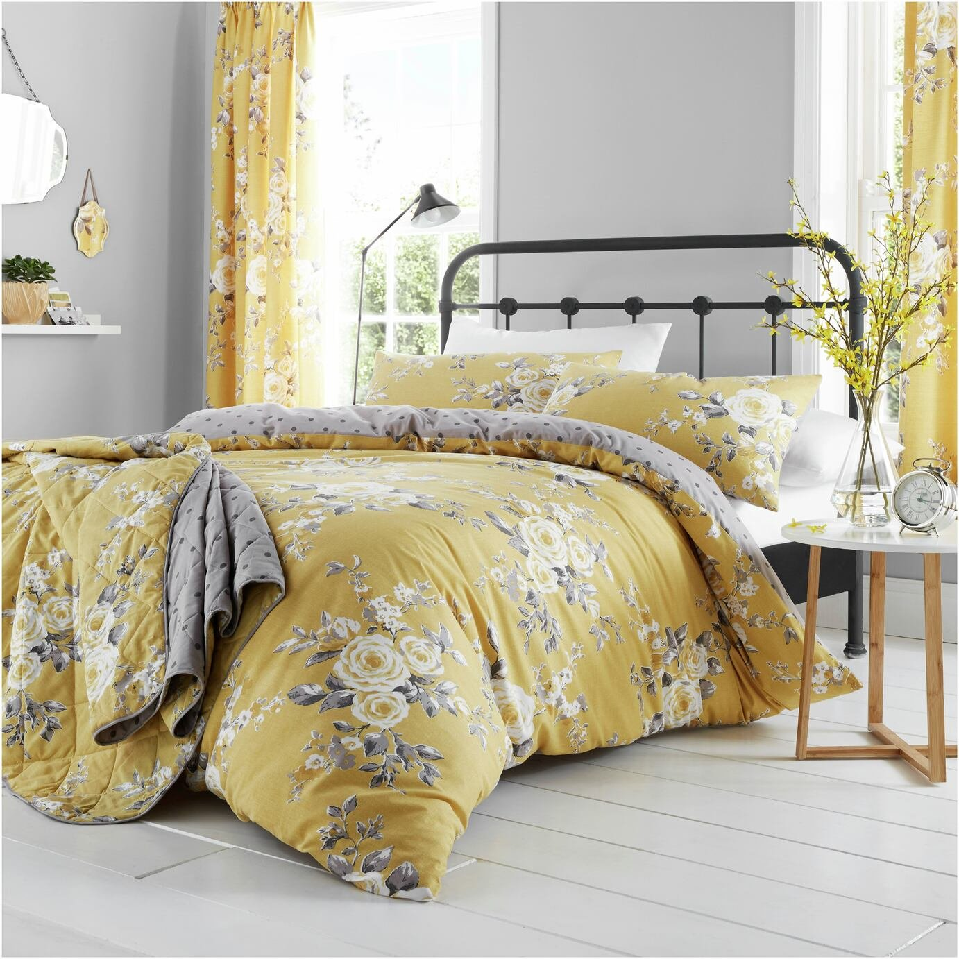 Catherine Lansfield Canterbury Ochre Bedding Set - Superking
