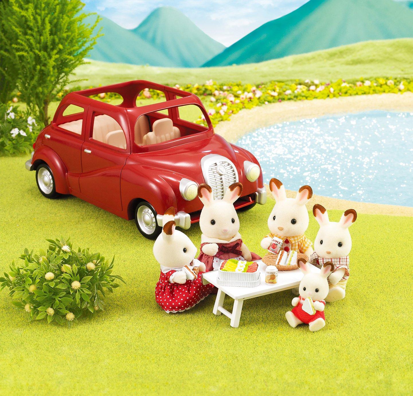 Sylvanian Families Saloon Car Playset