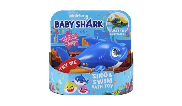 Robo Alive Junior Daddy Shark Sing and Swim Bath Toy