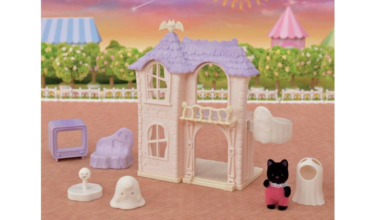 Sylvanian Families Spooky Surprise House Playset