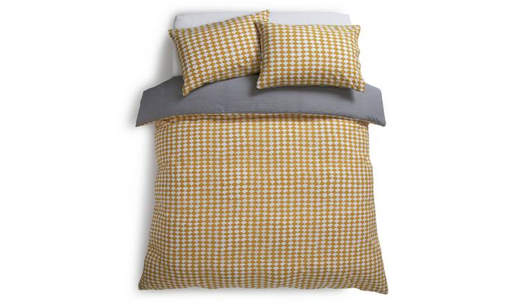 Habitat Scallop Reversible Bedding Set - Double