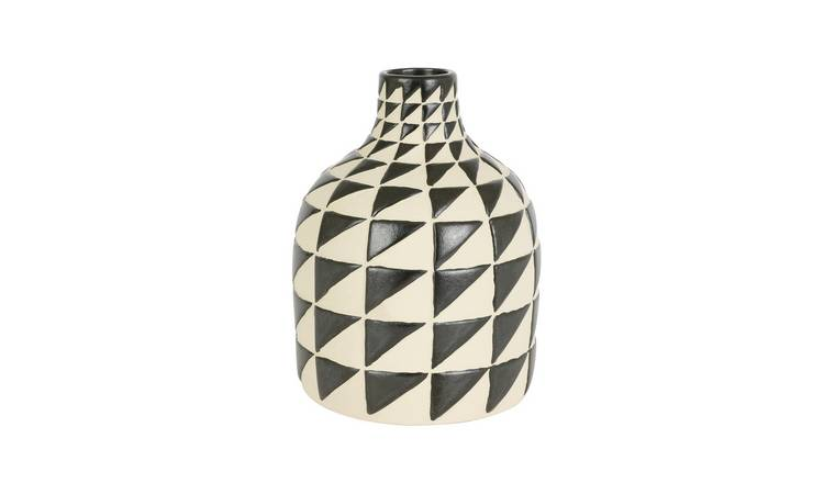 Habitat Silas Black And White Triangle Vase