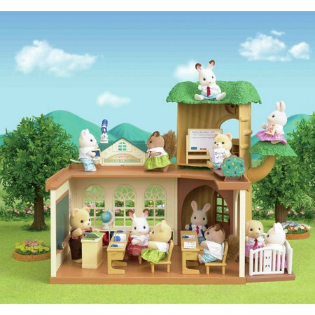 Sylvanian Families Country Tree School Gift Set