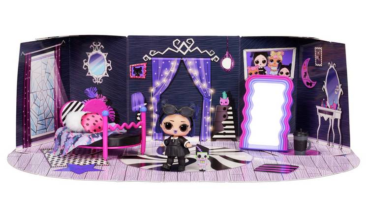 LOL Surprise Furniture Cozy Zone with Dusk Doll